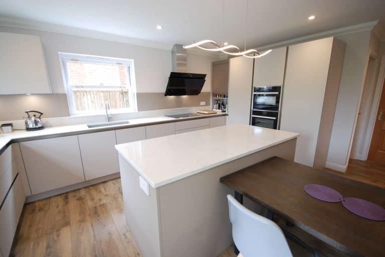 Image of a high gloss kitchen renovation