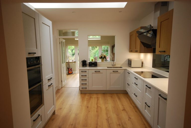 Blackbourne kitchen in Merrow5 - optimised