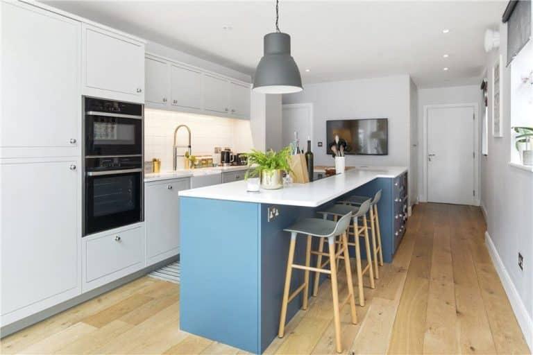 Sutcliffe kitchen in Surrey