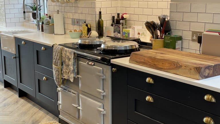 Sutcliffe2 kitchen AGA