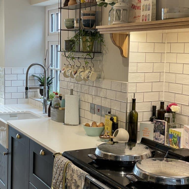 Sutcliffe2 kitchen shelving